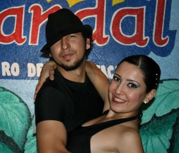 L.A. Salsa Azael Salazari (Mehhiko) juheldamisel